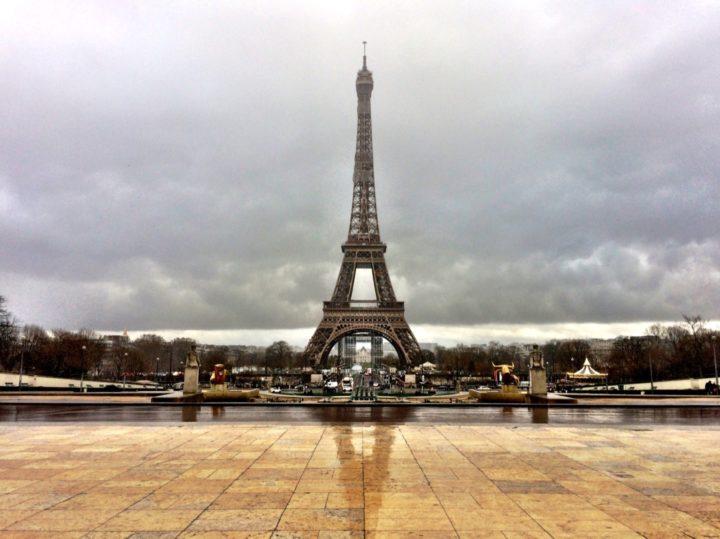 シャイヨ宮から見たエッフェル塔